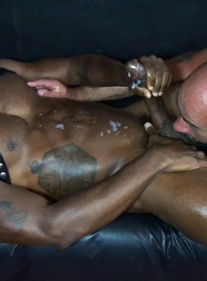 Sexy Guy Damon Andros,Osiris Blade,