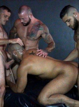 Cock Hungry Mario Cruz,Brett Bradley,Sean Duran,Leo Forte,