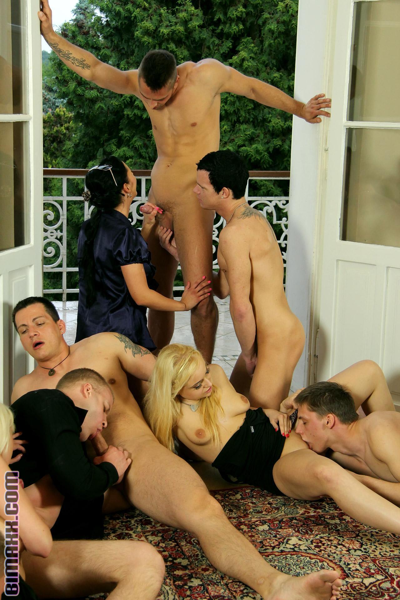 Бисексуальные жесткие оргии — 6