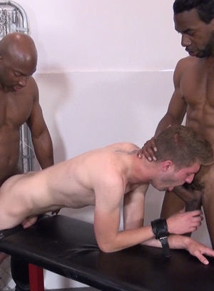 Cocky Boy Chase Coxxx,Gio Ryder,Dylan Hyde,Champ Robinson,