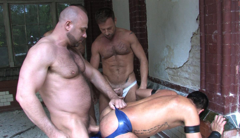 mathieu paris gay gang bang en bretagne