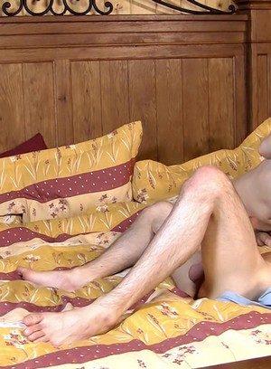Naked Gay Sacha West,Skyler Dallon,