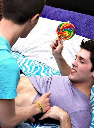 Big Dicked Gay Conner Bradley,Aiden Summers,