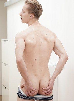 Big Dicked Gay Lukas Pryde,