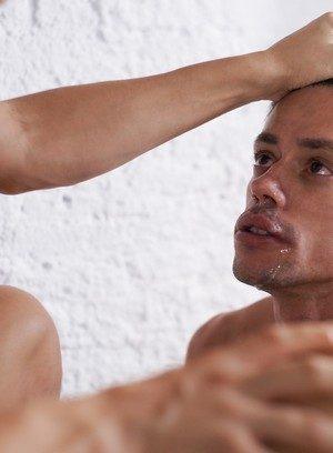 Sexy Dude Aaron Lautner,Alec Loob,