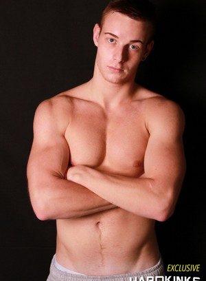Hunky Gay Tyler Roding,Adan Burn,