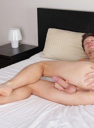 Hot Boy James Popper,