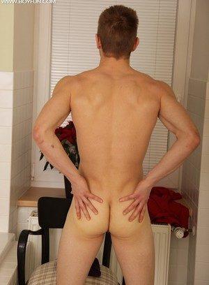 Cute Gay Mario Williams,