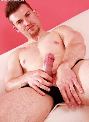 Sexy Guy Patrick Valley,