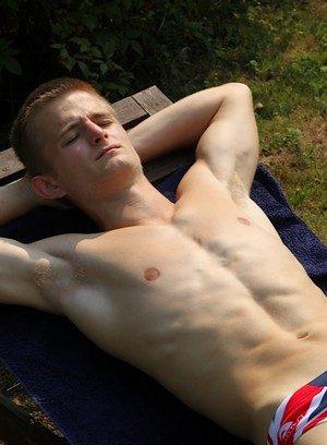 Sexy Dude Radek Kamilov,