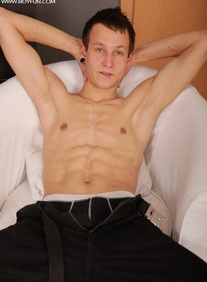 Hot Gay Tommy Hall,
