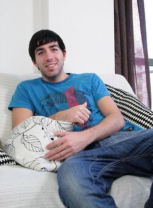 Hunky Gay Matthias Mann,