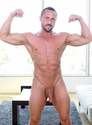 Sexy Dude Myles Landon,