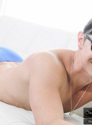 Sexy Guy Zander Cole,