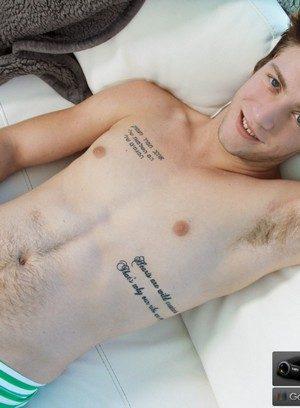 Sexy Dude Logan Taylor,