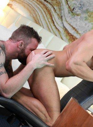 Cute Gay Derek Parker,Ethan Slade,
