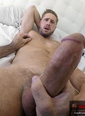 Sexy and confident Wesley Woods,Billy Santoro,